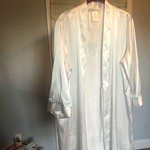 "Intimo Donatella ""The Bride"" Large Robe"